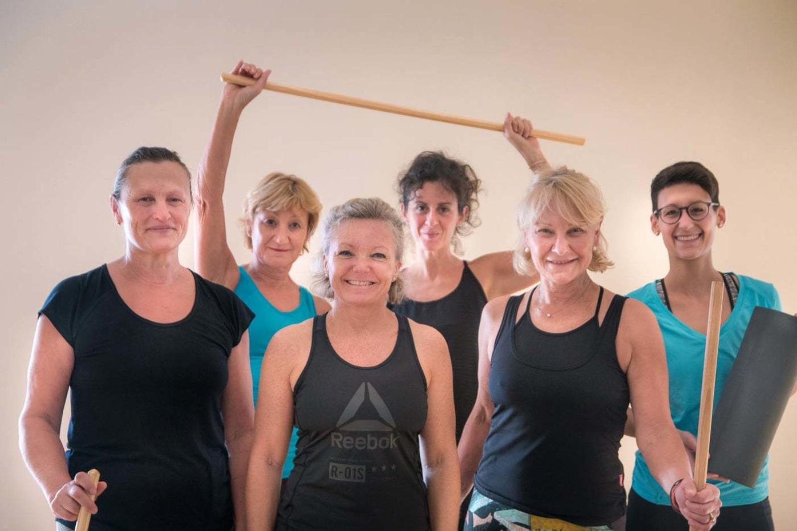 Beweglichkeit kommt von Bewegung. Das Kursprogramm vom LadyFit - von Frauen, für Frauen, nur für Frauen.